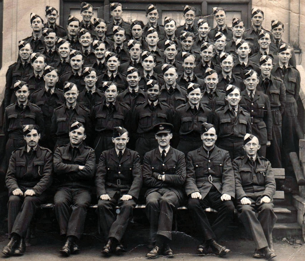 No. 21 Initial Training Wing ( I.T.W. ) Bridlington ( East Riding of Yorkshire - England ) 01